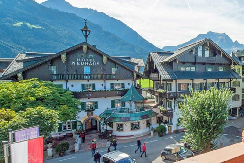 Mayrhofen Hotelli Neuhaus