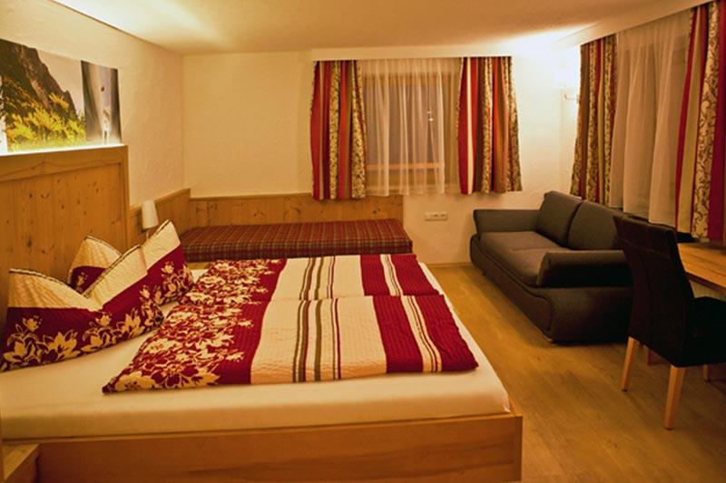 Mayrhofen Hotelli Rauchenwalderhof